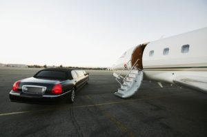 3 Reasons Why A Limo Rental Is An Efficient Airport Service