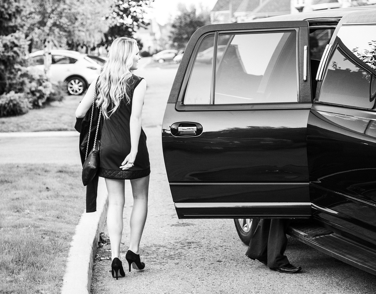 Most Fitting Occasions to Use a Limousine service