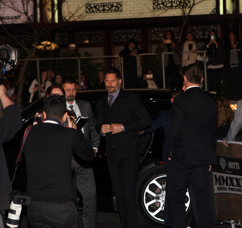 Stay Safe with Protective Services while Traveling with a Limousine Service