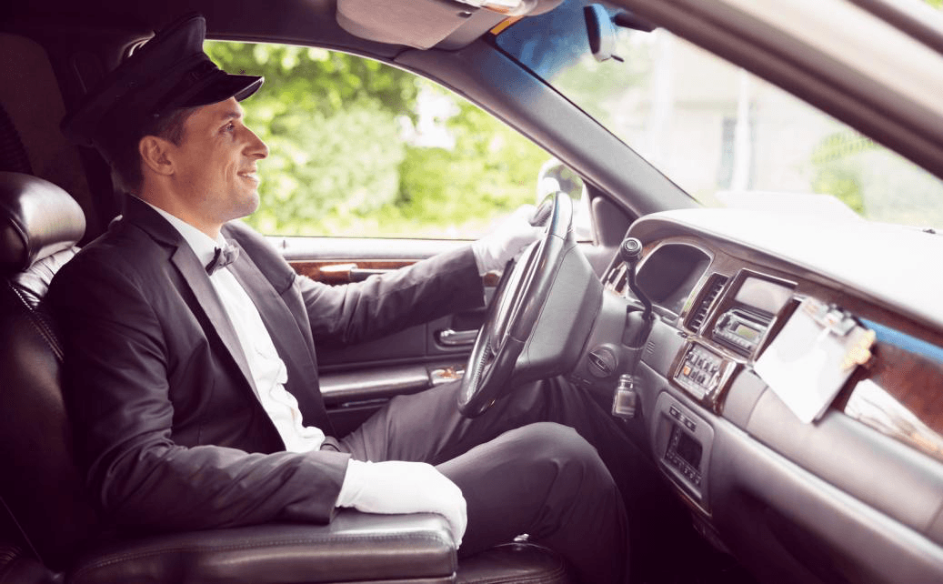 5 Fun Things to Do In a Luxury Limo