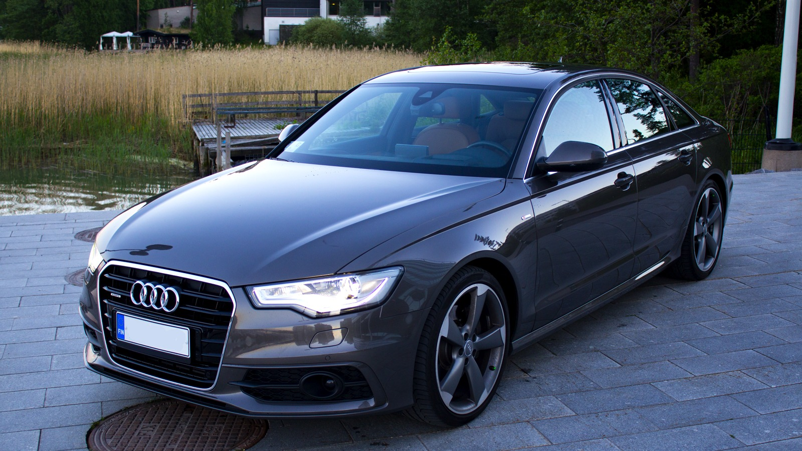 Getting A Luxury Car Without The Luxury Price