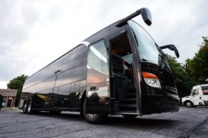 4 Things to Know When Booking a Motorcoach